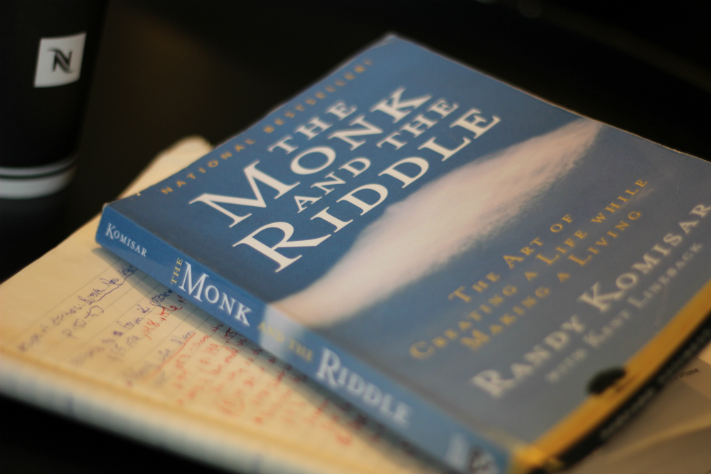 Books Monk and the Riddle